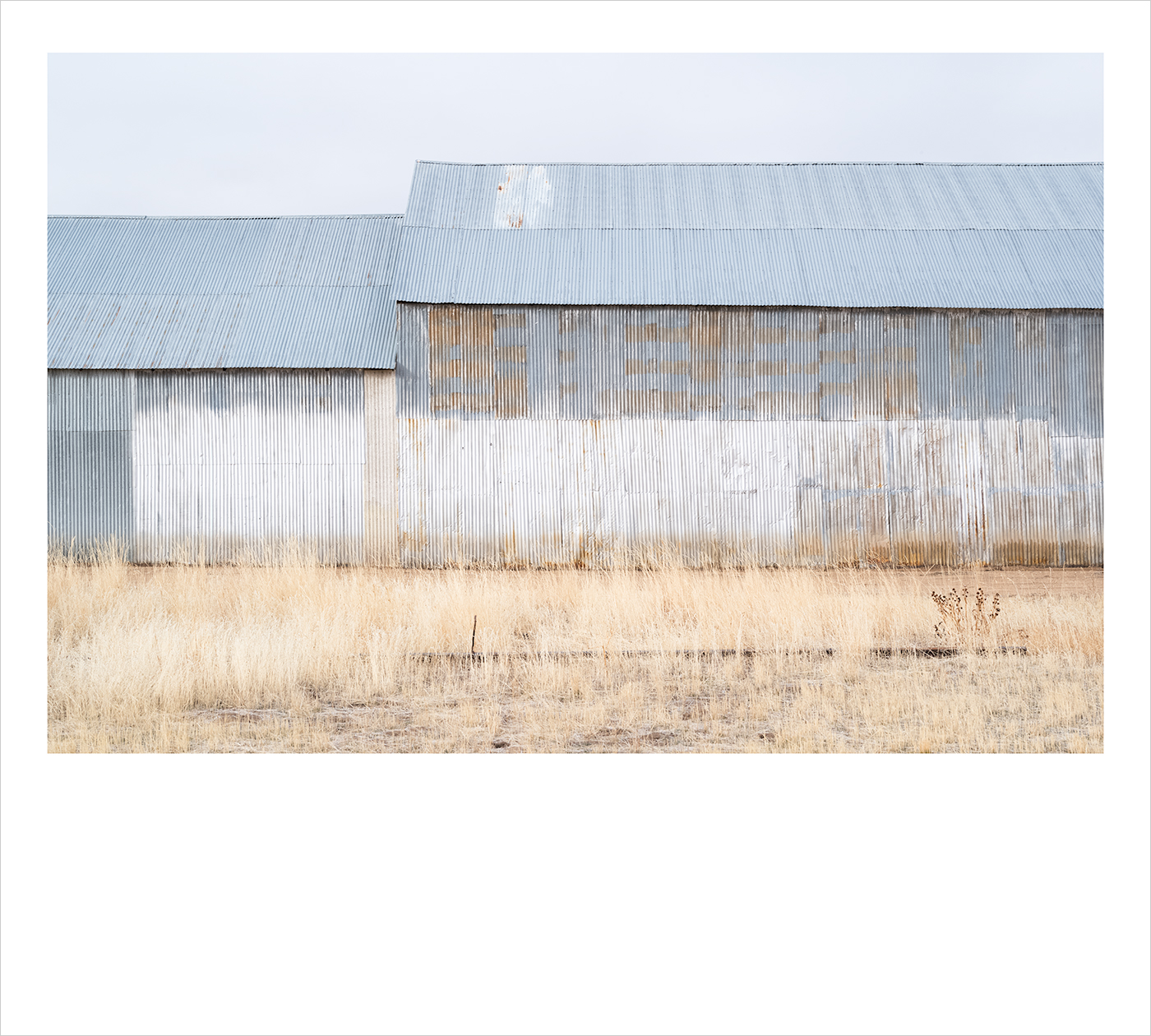 c_Polariod_Painted_Barn_I