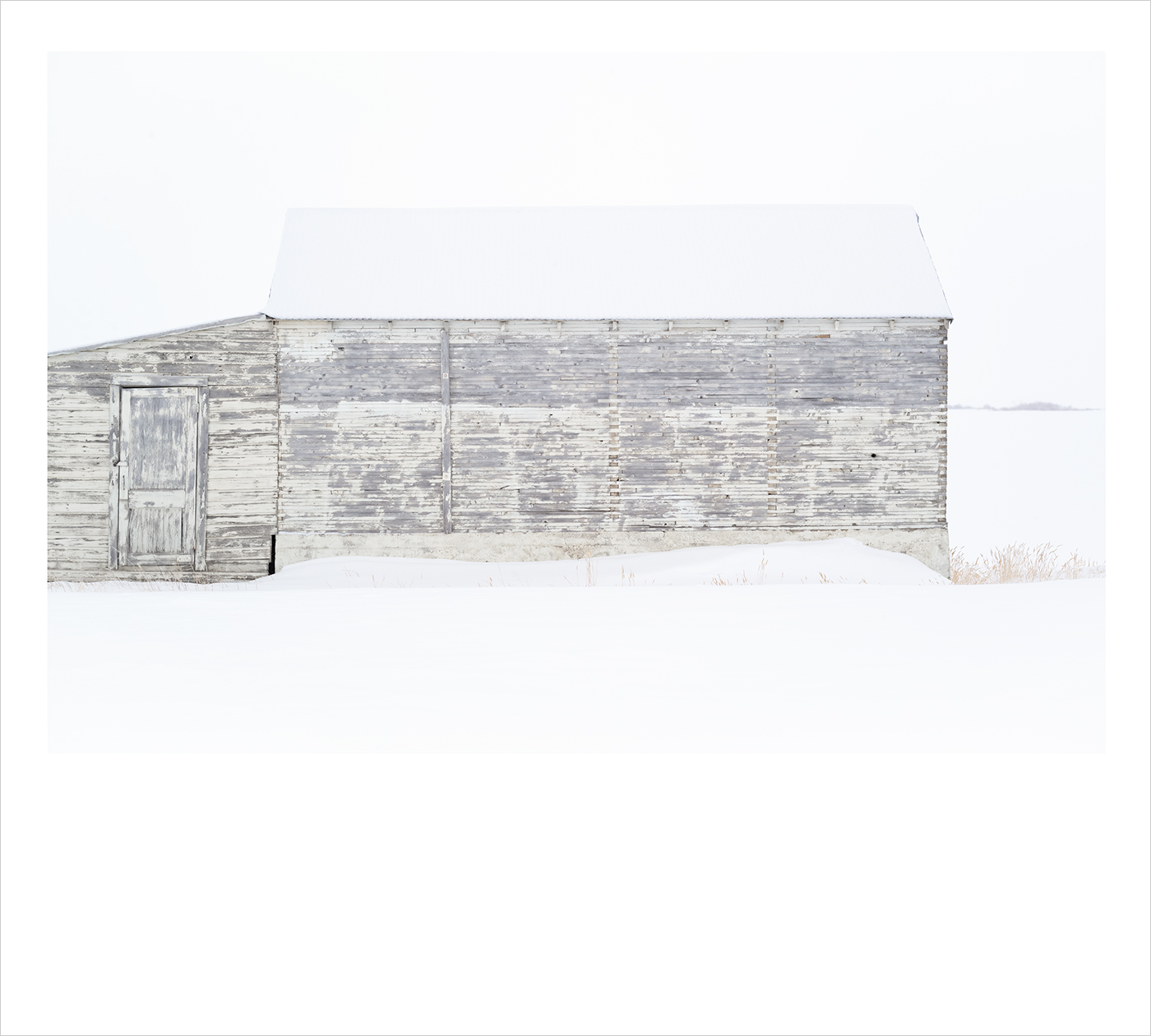 m_Polariod_White_Barn_III